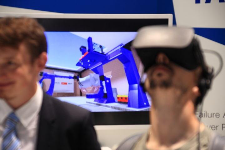 Automatica 2018: Fachkunden Halten M.B.U. 3DVR Für Die Vollständigste Vision